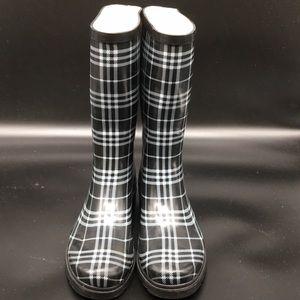 Sporto  Black & White Plaid Rain Boots 8